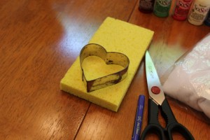 heart outline sponge