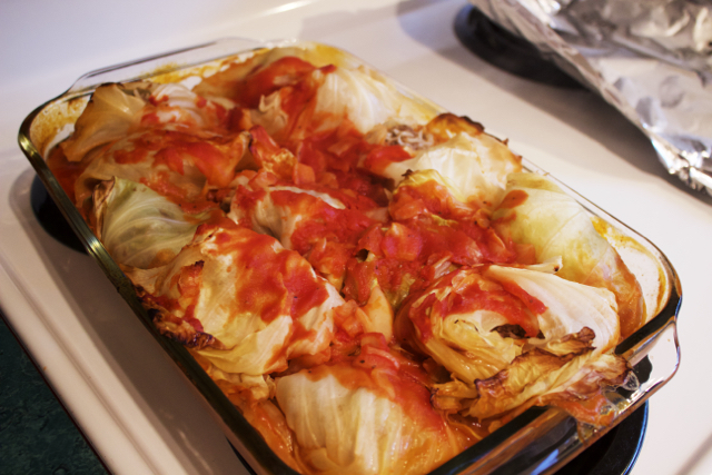 cooked cabbage rolls